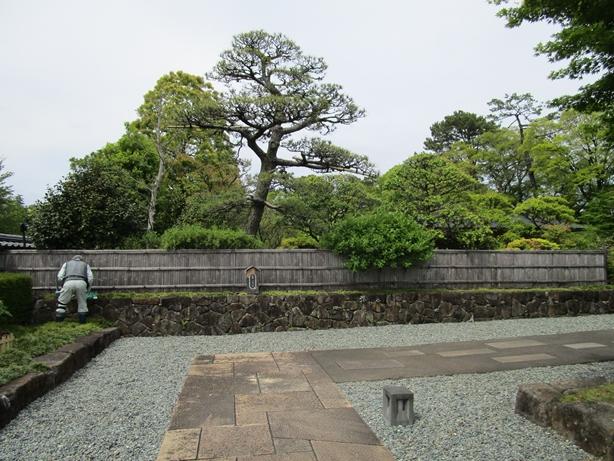 紅葉山庭園入口02