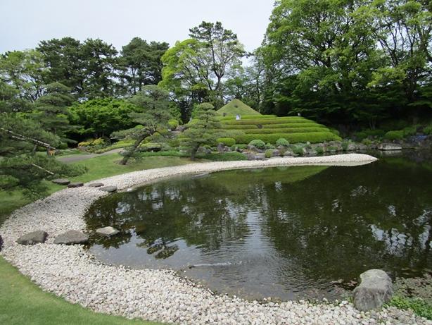 紅葉山庭園 池01