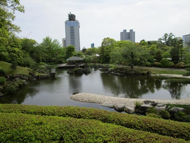 紅葉山庭園 築山からの眺め