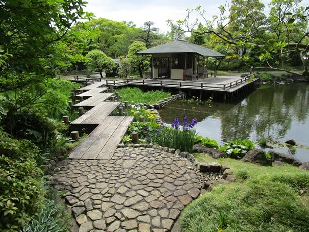 紅葉山庭園 里の庭
